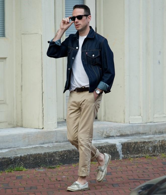 áo khoác demi  và quần màu