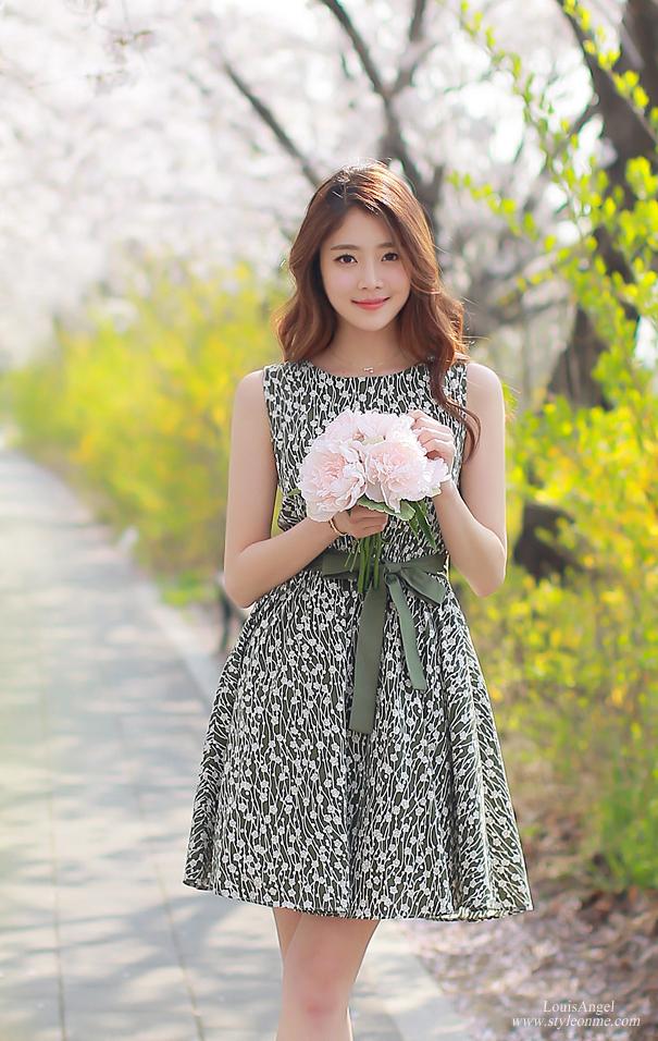 trang phục tươi sáng