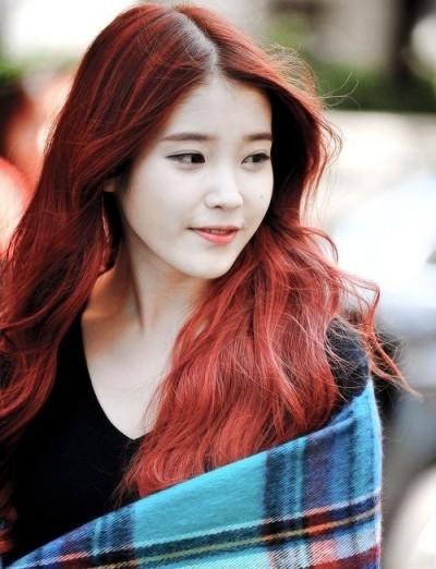 tóc màu đỏ rực xu hướng năm 2017