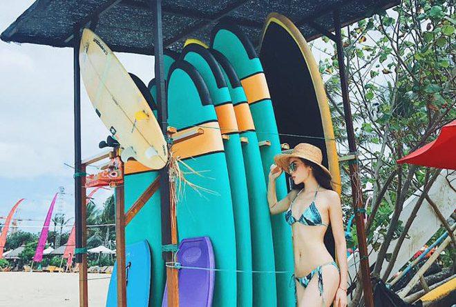 Thân hình nóng bỏng của hoa hậu Việt Nam khiến fan khó có thể rời mắt được