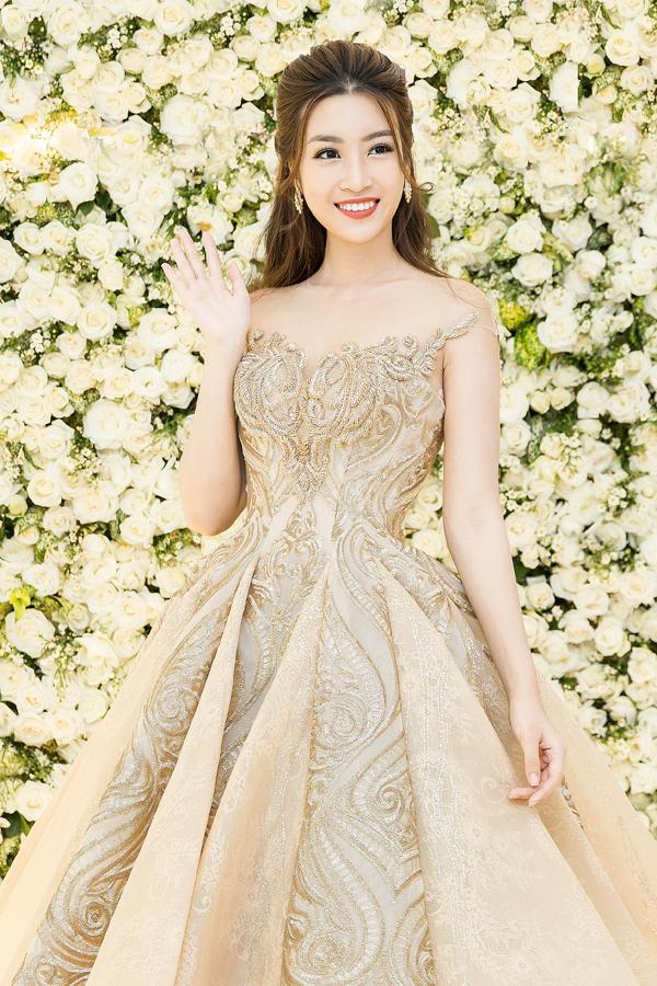 trang phục đẹp, hóa công chúa, lộng lẫy