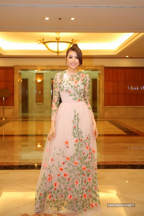hoa hậu phạm hương, trang phục đẹp, hoa hậu hoàn vũ 2017