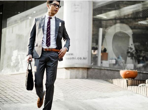 bí quyết chọn thắt lưng da nam với quần áo sang trọng