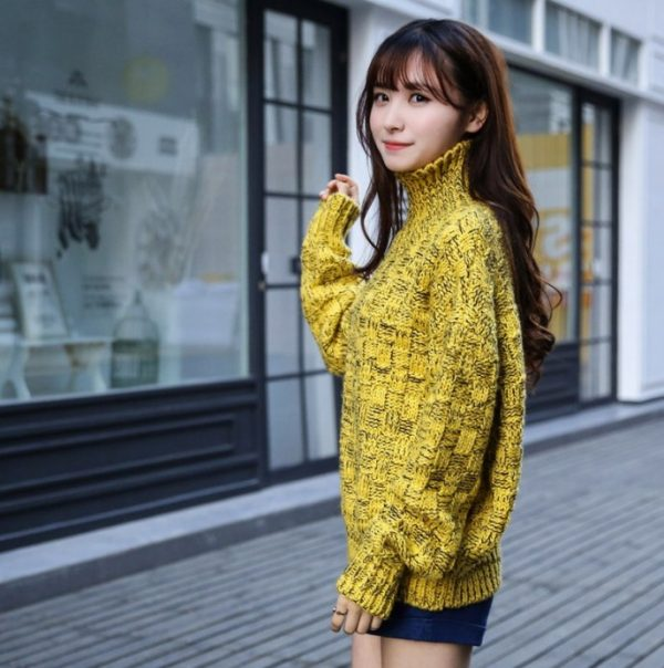 Áo cổ lọ - kiểu áo đẹp cho mùa Đông