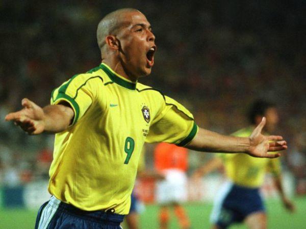 Ronaldo De Lima là biểu tượng của những siêu sao gánh đội bậc nhất lịch sử bóng đá thế giới