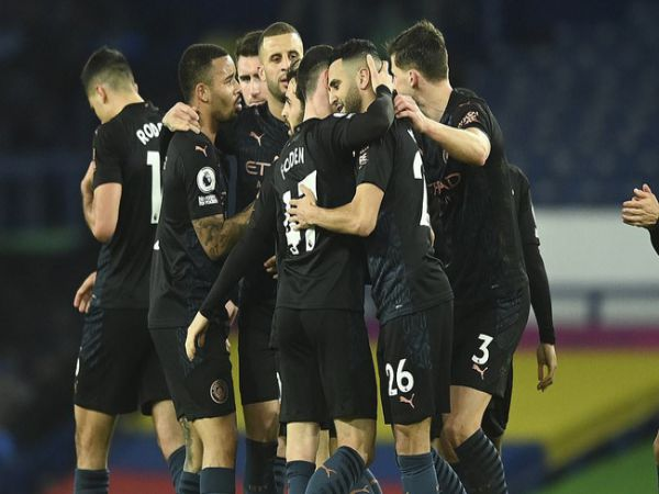 Bóng đá QT chiều 18/2: Man City đánh bại Everton, xây chắc ngôi đầu
