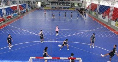 Futsal là gì? Sự khác nhau giữa bóng đá Futsal và bóng đá sân cỏ